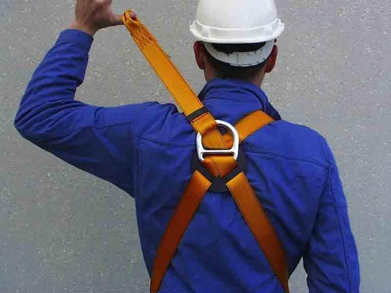 enfiler son harnais mettre son harnais de travail