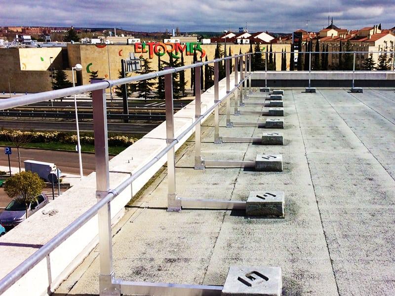 Garde corps exterieur sur toiture terrasse