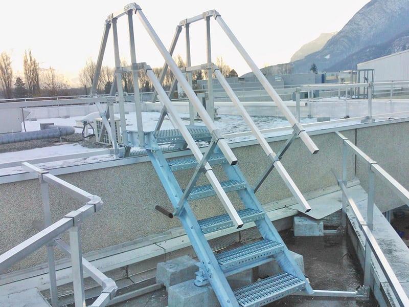 solution antichute pour accès en sécurité sur toit et travailler en hauteur
