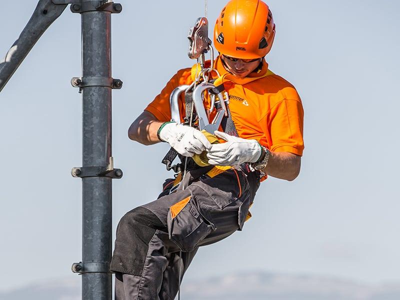 travail sur pylone