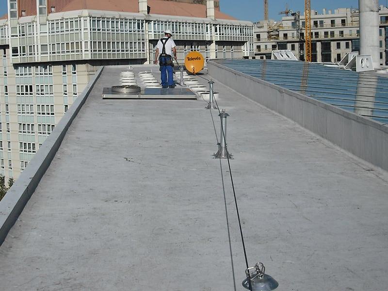 Ligne de vie cable sur toiture terrasse
