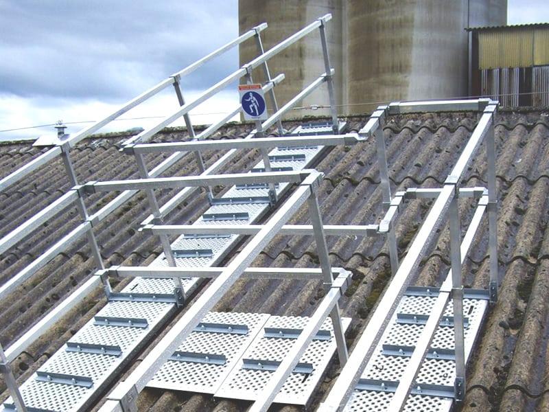 patelage sur toiture pour sécuriser les interventions en hauteur