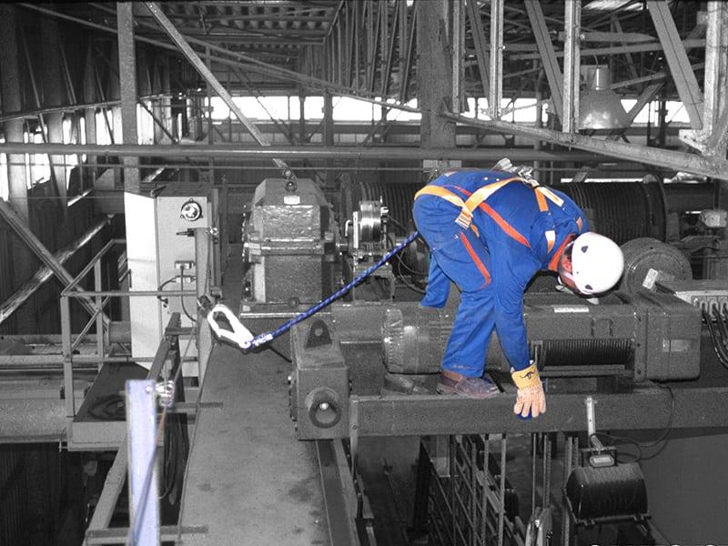 Ligne de vie cable sur machine pour sécurité