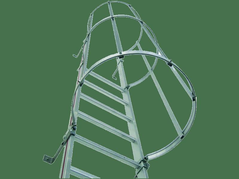 echelle crinoline pour accès à la toiture ou a une machine